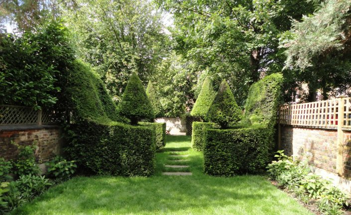 Yew Topiary feature