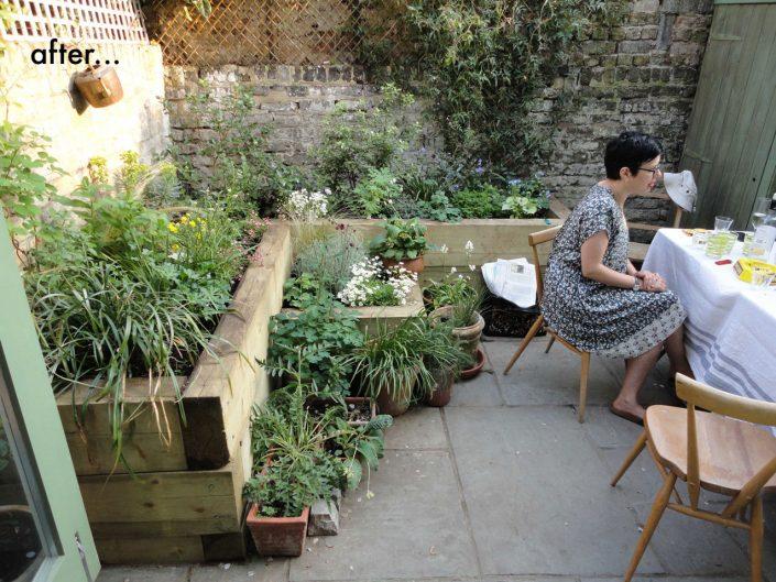 Alfresco courtyard dining