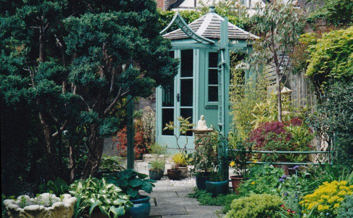 'East meets West' garden – Garden Design by Antonia Schofield